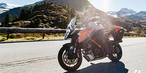 ¿Cómo hacer el manejo defensivo en moto?