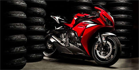 Neumáticos para motocicletas que se utilizan como equipamiento original (OE)